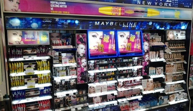 Maybelline New York Display